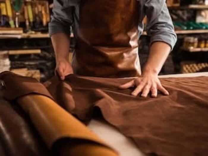 Mapacha sac en cuir poncho