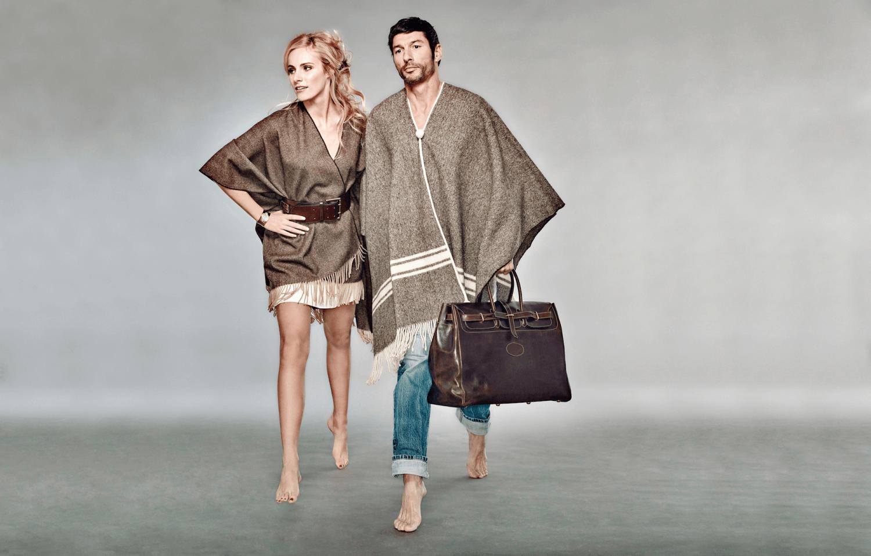 Poncho laine mérinos et sac cuir veau homme et femme